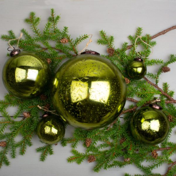 Etched Snowflake Green Decoration